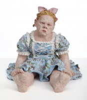 saaristo/2021/STIINA_SAARISTO_GIRL_WHO_THINKS_HER_FEET_ARE_TOO_BIG_2020